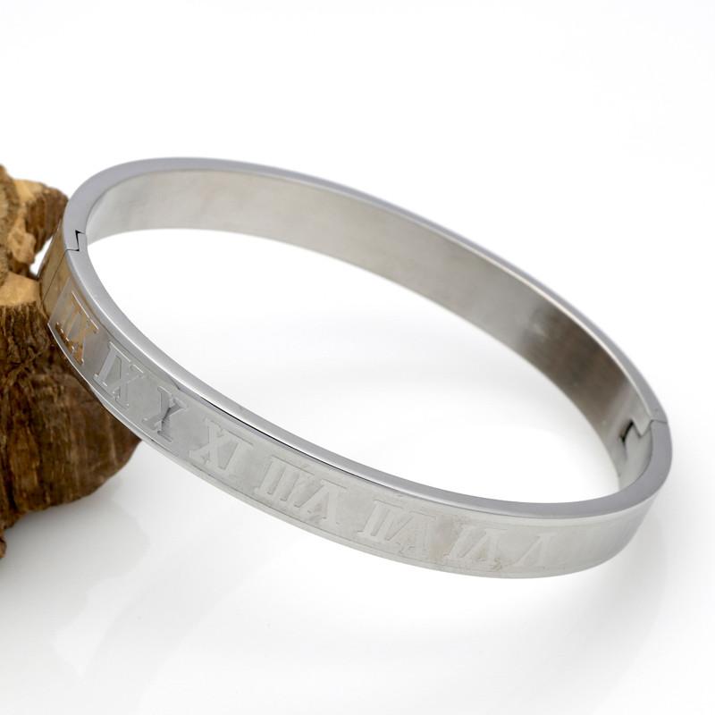 Roman Numerals Bracelet Onyx Bunny