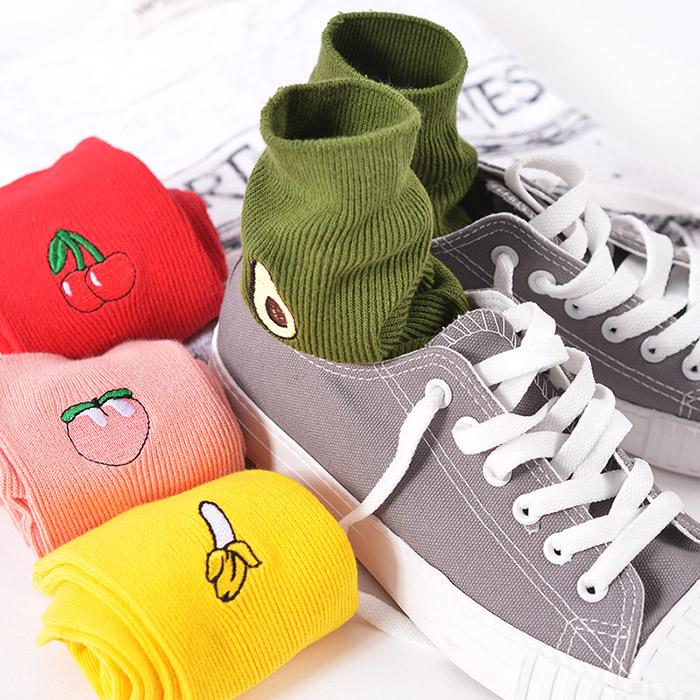 Aesthetic Fruit Socks Onyx Bunny